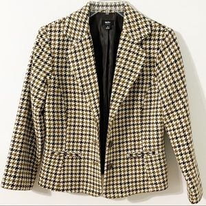 Missimo Houndstooth Fully Line Button Front Blazer
